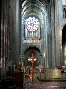 Clermont-Ferrand - Inside the Notre-Dame-de-l'Assomption cathedral of Gothic style
