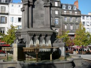 Clermont-Ferrand - Fountain of the Victoire sqaure and building facades