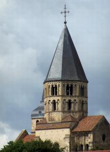 Cluny - The Eau Bénite bell tower (remains of the Saint-Pierre-et-Saint-Paul abbey church)