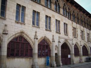 Cluny abbey - Benedictine abbey: facade of the Gélase pope