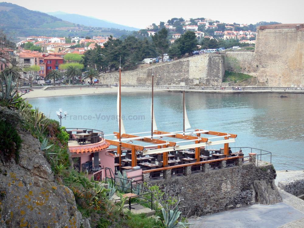 Foto 39 s collioure gids toerisme recreatie for Lay outs terras van het restaurant