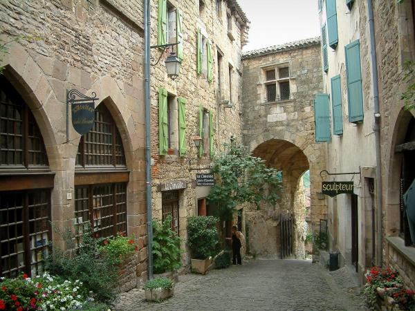 Cordes-sur-Ciel - Tourism, holidays & weekends guide in the Tarn