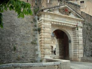 Corte - Entrance to the citadel