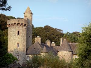 Cotentin coast - Caps road: Dur-Écu manor house; landscape of the Cotentin peninsula