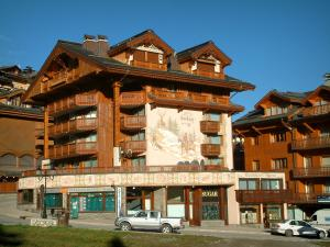 Courchevel - Residence - chalets of the Courchevel 1850 ski resort (winter sports)