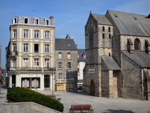 Coutances - Saint-Nicolas church, Saint-Nicolas square, shops and houses of the city