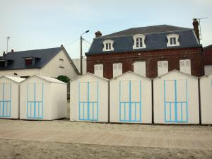 Le Crotoy - Bay of Somme: beach huts and houses