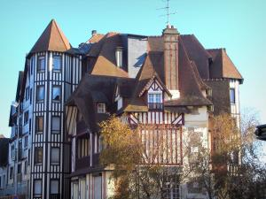 Deauville - Côte Fleurie (Flower coast): villa and residences of the seaside resort
