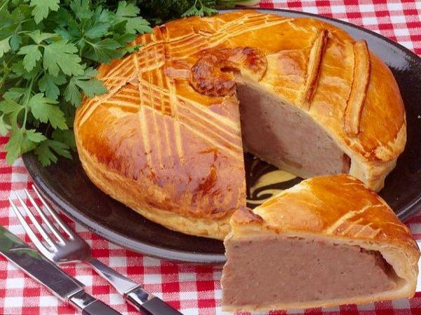 Deftiger Kuchen Aus Dem Munster Tal Fuhrer Gastronomie Urlaub