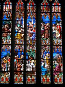 Dol-de-Bretagne - Inside of the Saint-Samson cathedral: stained glass windows (window)