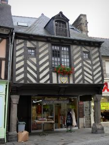 Dol-de-Bretagne - Ancient timber-framed house