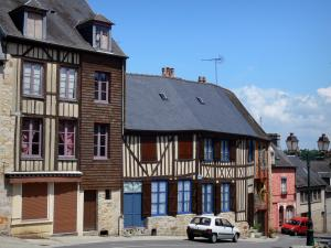 Domfront - Facades of half-timbered houses