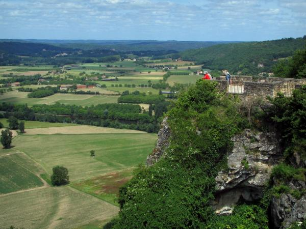 Domme - Viewpoint of the fortified town with view of the Dordogne valley, in Périgord