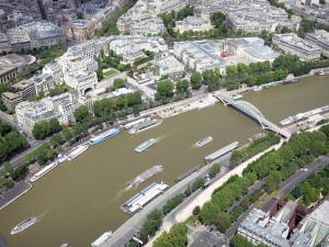 Eiffel tower - View of the Seine river and its surroundings from the top of the Eiffel tower