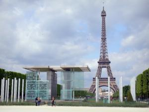 Eiffel tower - Peace Wall, Champ-de-Mars garden and Eiffel tower