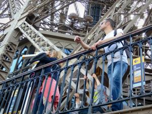 Eiffel tower - Visitors on the second floor