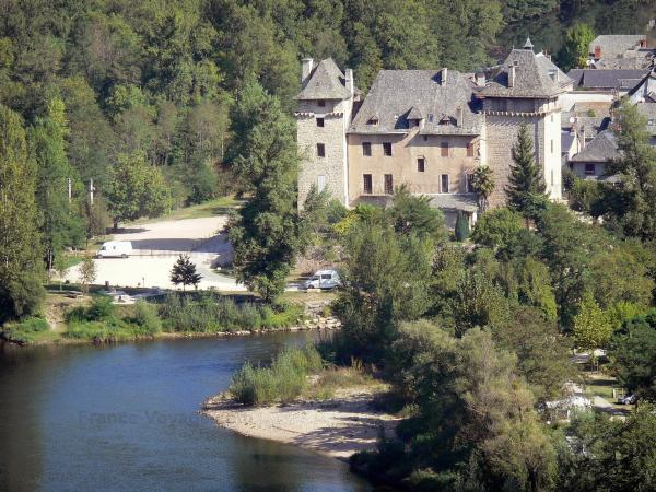 Entraygues-sur-Truyère - Tourism, holidays & weekends guide in the Aveyron