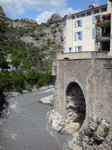 Entrevaux - Fortifications and house alongside the Var river