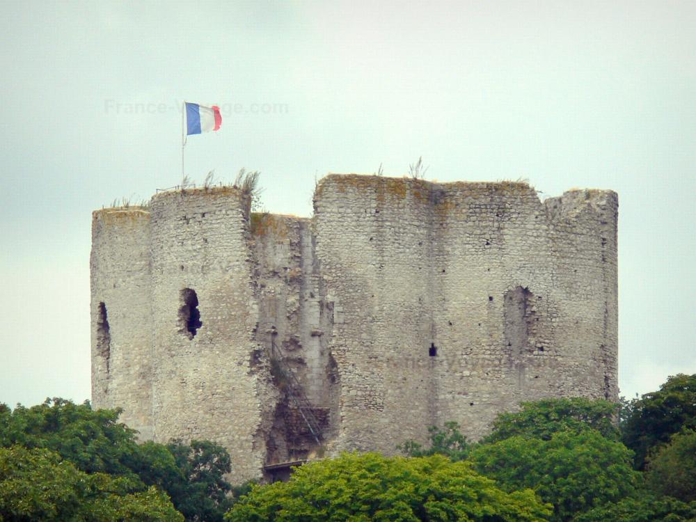 Photos tampes tourism holiday guide for Chateau etampes