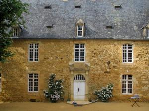Eyrignac manor house gardens - Facade of the manor house