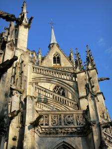 La Ferté-Bernard - Notre-Dame-des-Marais church of Flamboyant Gothic style and its gargoyles