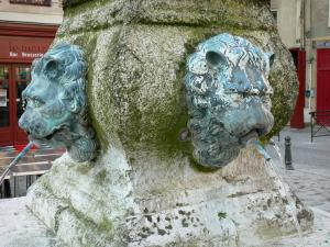 La Ferté-Bernard - Detail of the Lions fountain (Carnot fountain)