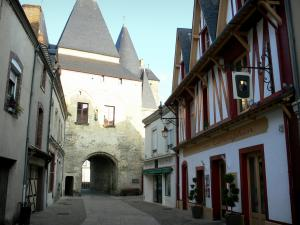 La Ferté-Bernard - Porte Saint-Julien town gate and Rue d'Huisne street lined with houses