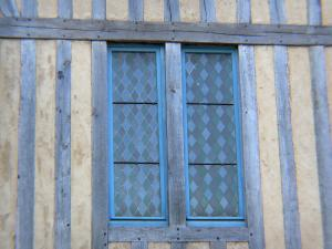 La Ferté-Bernard - Window of a half-timbered house
