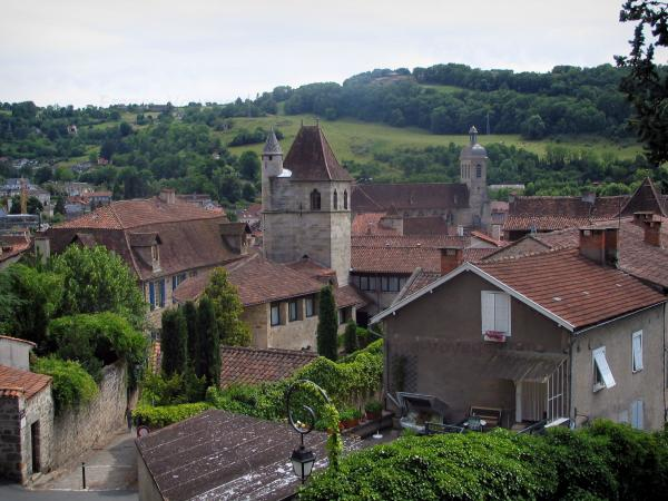 Figeac - View of the roofs of the houses of the old town, in the Quercy