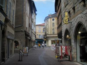 Figeac - Street, houses and shops of the old town, in the Quercy