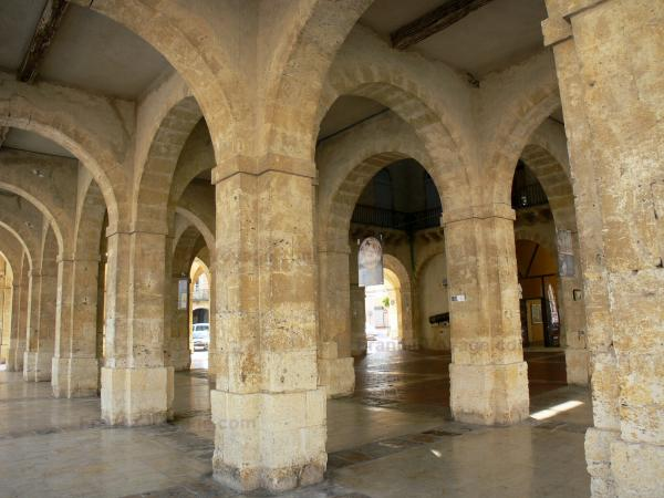 Fleurance - Pillars of the covered market hall in the Gers Lomagne