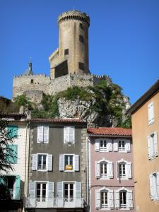 Foix - Round tower of the castle of the Counts of Foix (medieval fortress, fortified castle) overlooking the houses of the old town