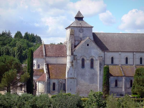 Fontgombault abbey - Tourism, holidays & weekends guide in the Indre