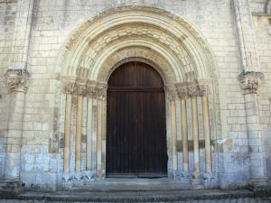 Fontgombault abbey - Notre-Dame Benedictine Abbey: portal of the Romanesque abbey church