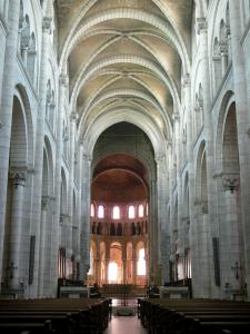 Fontgombault abbey - Notre-Dame Benedictine Abbey: interior of the church (nave and choir)