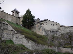 Fort Queyras - Queyras castle: fortifications of the fortress, in Château-Ville-Vieille