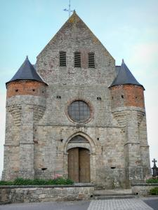 Fortified churches of Thiérache - Marly-Gomont: Saint-Remi fortified church, with its facade flanked by turrets