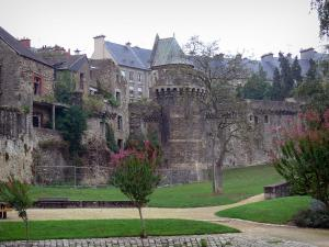 Fougères - Garden, ramparts and roofs of the houses of the medieval town