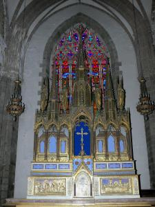 Fougères - Inside of the Saint Léonard church