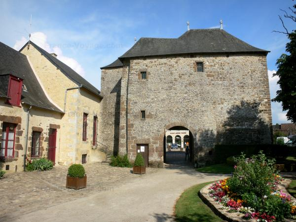 Fresnay-sur-Sarthe - Tourism, holidays & weekends guide in the Sarthe