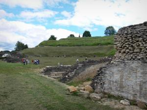 Gallo-roman theatre of Mandeure - Remains of the ancient theatre