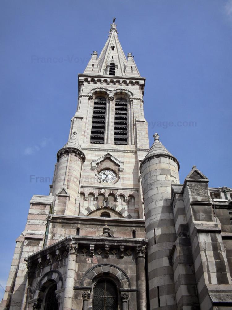 Photos gap 20 images de qualit en haute d finition for Architecture neo gothique