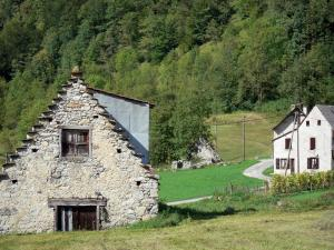 Garbet valley - Barn, pastures, houses and trees; in the Ariège Pyrenees Regional Nature Park, in Le Couserans area