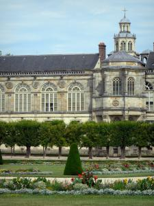 Gardens of the Palace of Fontainebleau - Large flowerbed (French-style formal garden), alleys of linden trees, Saint-Saturnin chapel and facade of the Palace of Fontainebleau