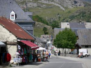 Gavarnie village - Street lined with houses and shops