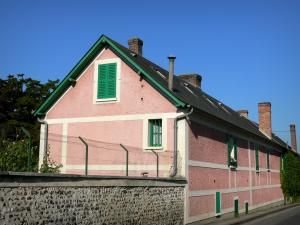 Giverny - Front of Claude Monet's house, view from the street