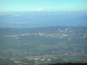 Grand Colombier - View of the Rhône valley, the Alps and the Mont Blanc mountain range from Grand Colombier