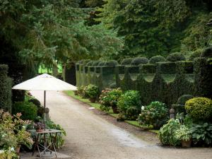 Grand Courtoiseau gardens - Garden of the Grand Courtoiseau manor house, in Triguères
