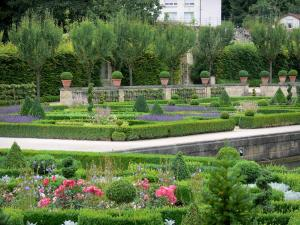 Grand Jardin castle - Flowerbeds of the Renaissance garden; in the town of Joinville