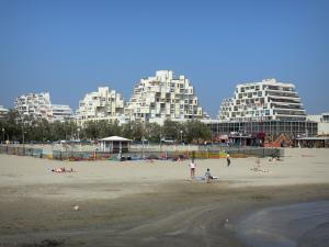 La Grande-Motte - Buildings and beach of the seaside resort